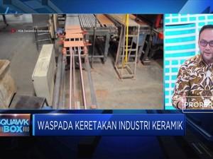 Upaya Menambal Keretakan Industri Keramik