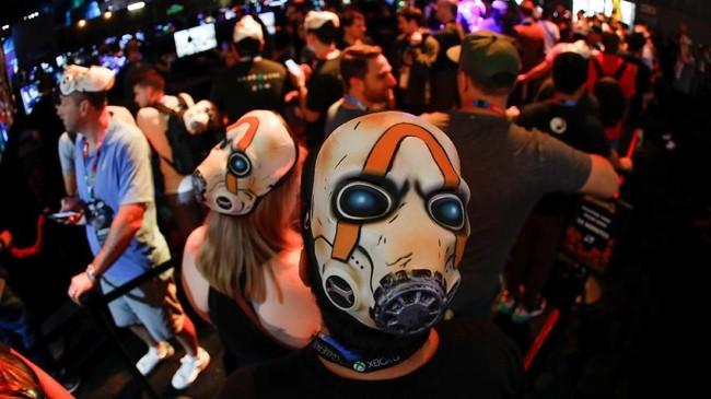 Tahun ini, penyelenggara E3 fokus menampilkan tren gaming daring yang disiarkan laiknya pertandingan olahraga. (REUTERS/Mike Blake)