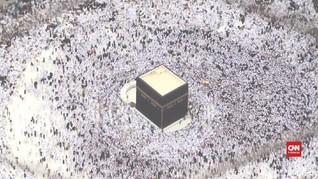 VIDEO: Mengintip Menara Jam nan Megah di Mekah