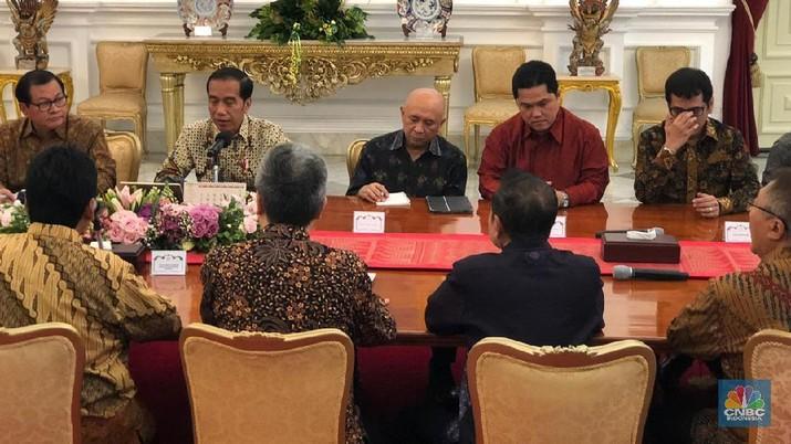 Perwakilan Apindo dihadiri oleh Ketua Umum Hariyadi Sukamdani, beserta anggotanya.