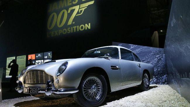 Mobil James Bond Siap Dilelang