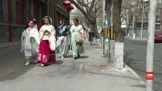 VIDEO: Ketika Busana China Kembali Ke 'Masa Lalu'