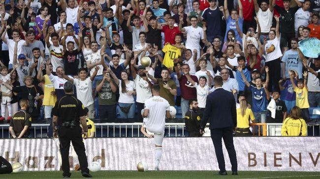 Madrid Perkenalkan Hazard, Fan Malah Teriakkan Nama Mbappe
