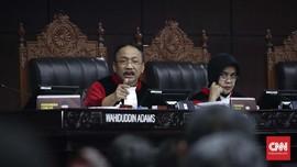 Hakim MK 'Semprot' KPU karena Ulang Pertanyaan pada Saksi