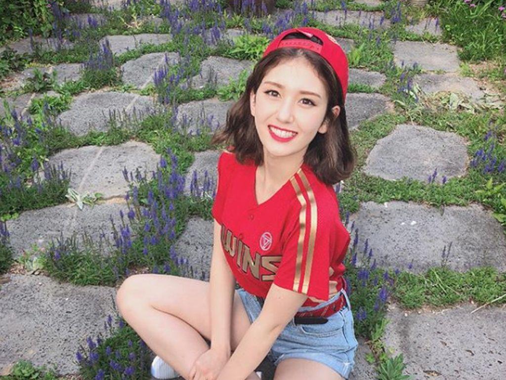 Padahal sebelumnya Somi mengaku sudah mempersiapkan semuanya sejak 3 tahun sebelum debutnya.Dok. Instagram/somsomi0309