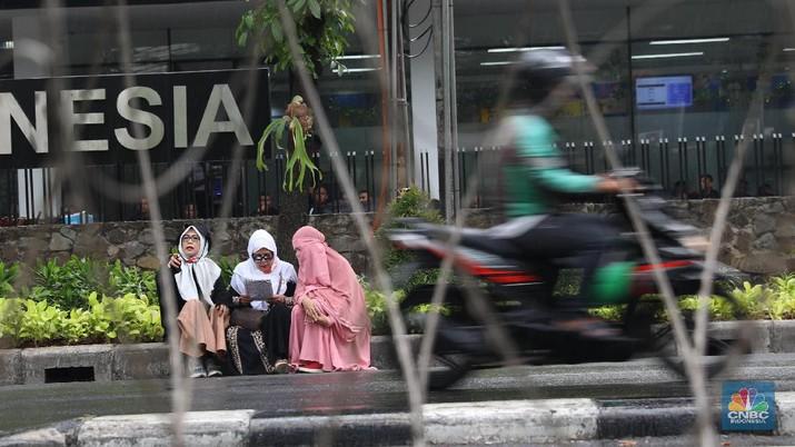 Polda Metro Jaya melakukan rekayasa pengalihan arus lalu lintas dalam rangka pengamanan kawasan gedung Mahkamah Konstitusi.