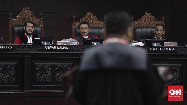 Hakim MK Diprediksi Berbeda Pendapat Hadapi Gugatan Prabowo