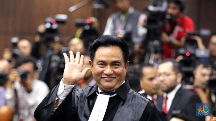 Yusril Jawab Tudingan Kenaikan Gaji PNS Untungkan Jokowi