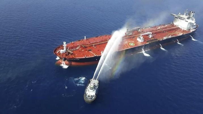Ketika AS Tuduh Iran Biang Keladi Serangan Dua Kapal Tanker