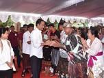 Jokowi Kasih Sertifikat Tanah, Apa Hubungannya dengan Saham?