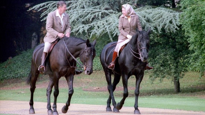 U.S. President Ronald Reagan rides horses with Britain's Queen Elizabeth at Windsor Castle near London, Britain, June 8, 1982. Ronald Reagan Presidential Library/U.S. National Archives and Records Administration/Handout via REUTERS THIS IMAGE HAS BEEN SUPPLIED BY A THIRD PARTY