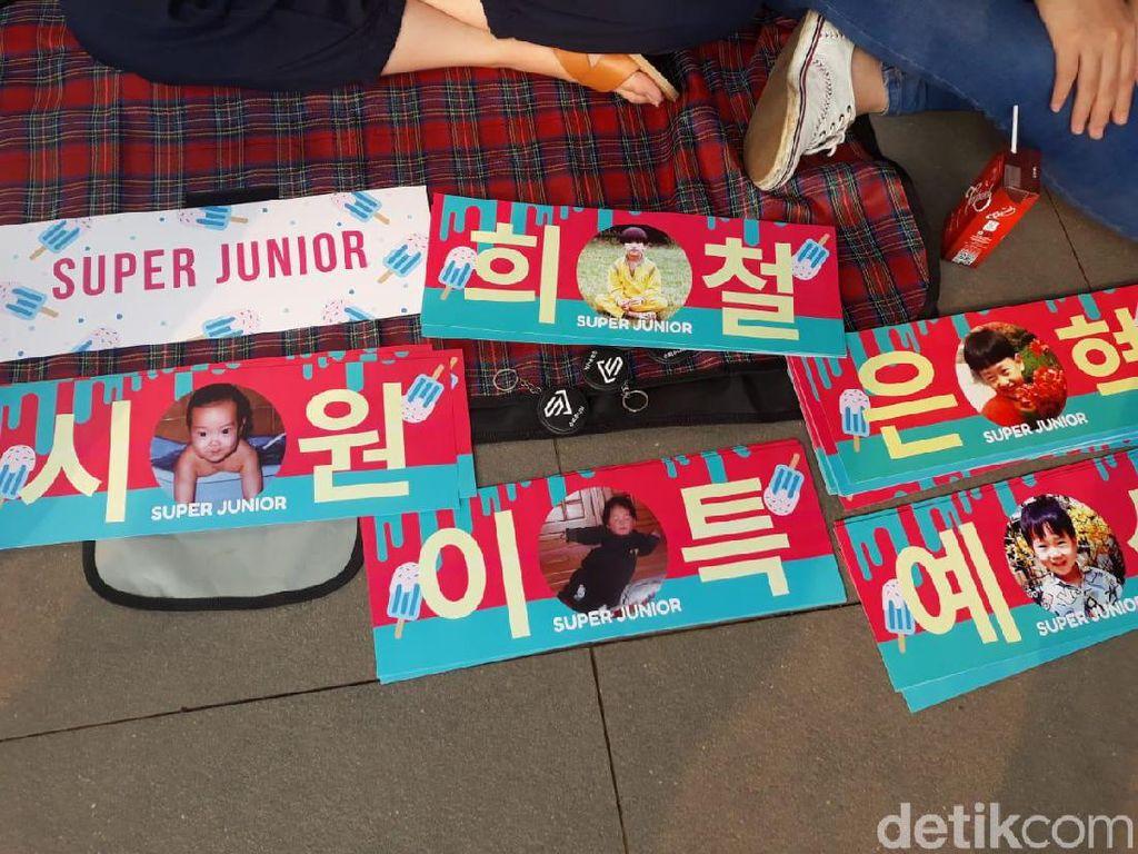 Fans juga mempersiapkan project banner untuk Super Junior. Foto: (Febrina Arifin/detikHOT)