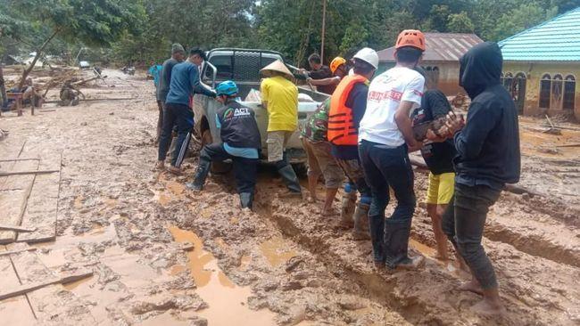 Menembus Daerah Terisolir Banjir Konawe Utara