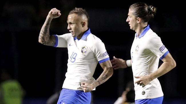 FOTO: Langkah Mulus Brasil di Laga Pembuka Copa America 2019