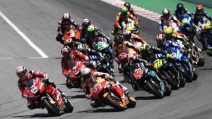 Hasil MotoGP Catalunya: Marquez Menang, Lorenzo Kontroversial