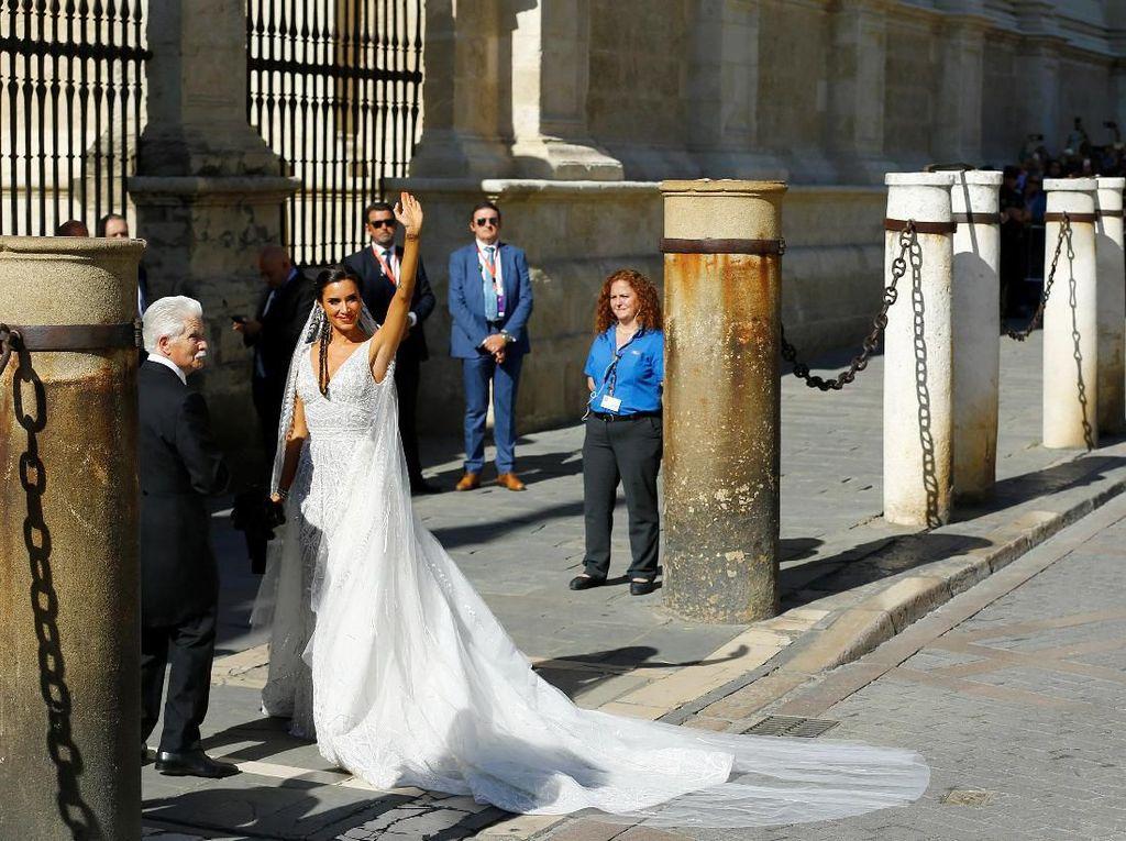 Sergio Ramos menikahi Pilar Rubio setelah tujuh tahun berpacaran. Marcelo del Pozo/Reuters.