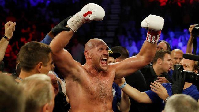 Tyson Fury Menang TKO Atas Schwarz
