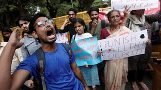 Gaji Minim dan Kerap Dianiaya, Ratusan Ribu Dokter India Demo