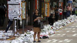 Massa Bubarkan Diri dari Depan Parlemen Hong Kong