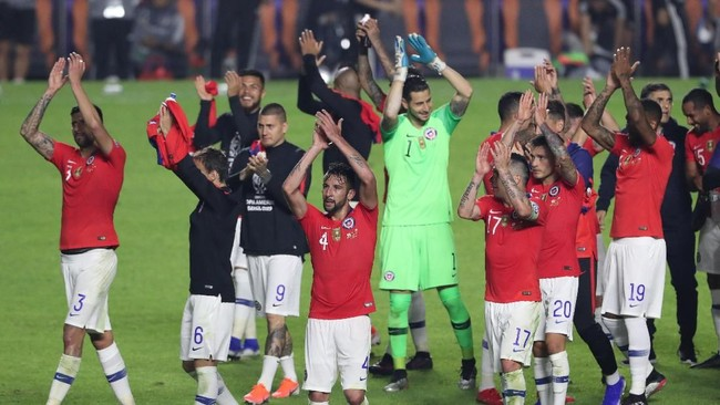 Kemenangan besar atas Jepang menjadi sinyal awal yang bagus bagi Chile untuk mempertahankan gelar juara Copa America. (REUTERS/Amanda Perobelli)