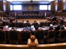 Hakim MK-KPU Cecar Saksi 02 Agus Maksum Soal 1 Juta KTP Palsu