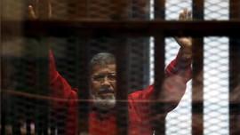 Sebelum Dimakamkan, Jasad Mursi Disalatkan di Dalam Penjara