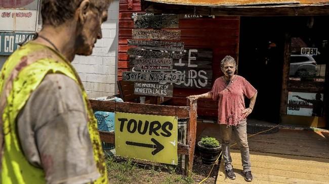 FOTO: Tur Seram ala The Walking Dead