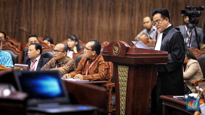 Tim Hukum Jokowi-Amin meminta Mahkamah Konstitusi (MK) menolak perbaikan permohonan gugatan yang diajukan oleh Tim Hukum Prabowo-Sandi.