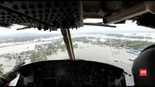 VIDEO: TNI Distribusikan Bantuan ke Daerah Banjir Konawe