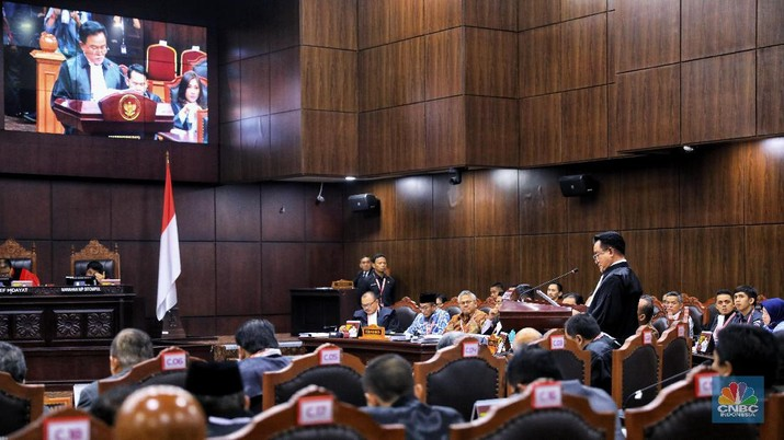 MK menggelar sidang ketiga sengketa Perselisihan Hasil Pemilihan Umum Presiden 2019 di gedung MK, Jakarta, Rabu (19/6/2019).