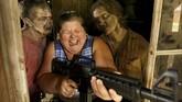 Di sini para peserta bisa menikmati membuncahnya adrenalin saat menyelamatkan diri dari serbuan zombie.