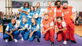 Michelle Obama Adu 'Dodgeball' bersama James Corden