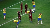 Laga antara Brasil dan Venezuela berakhir imbang tanpa gol. Selanjutnya dalam laga terakhir fase grup yang berlangsung Sabtu (22/6), Brasil akan menghadapi Peru. Sementara Venezuela akan bertemu Bolivia pada waktu yang sama. (REUTERS/Luisa Gonzalez)