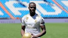 Madrid Sudah Miliki Penerus Roberto Carlos