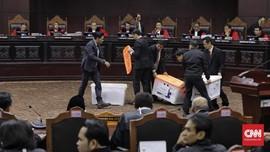 Tim Prabowo Masih Proses Bukti Meski Lewat Pukul 12.00 WIB