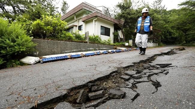 FOTO: Jepang Kembali Diguncang Gempa