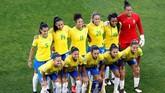 Timnas Brasil dalam posisi terdesak jelang laga lawan Italia lantaran mereka menelan kekalahan dari Australia di laga sebelumnya. (REUTERS/Bernadett Szabo)