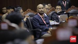Saksi 'Kecamatan Siluman' Kebelet Kencing, Sidang MK Diskors