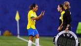 Martajadi satu-satunya pemain yang bisa mencetak gol di lima edisi Piala Dunia.(REUTERS/Phil Noble)