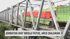 VIDEO: Jembatan Way Mesuji Masih Putus, Arus Dialihkan