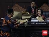 Persoalkan Berkas, Tim Jokowi Minta MK Tolak Gugatan Prabowo