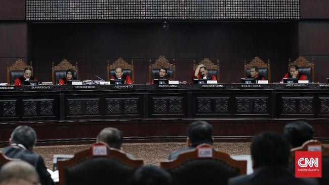 MK Tolak Argumen Tim Prabowo soal Posisi Ma'ruf di BUMN