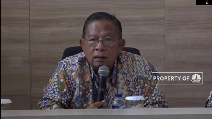 Menko Perekonomian Darmin Nasution tetap berharap investasi bisa menggeliat di tengah pelemahan ekonomi global.