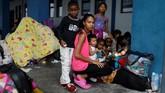 Para perempuan Venezuela terpaksa angkat kaki dari negara mereka karena tidak sanggup hidup dalam kemiskinan dan situasi hiper inflasi. (REUTERS/Carlos Garcia Rawlins)