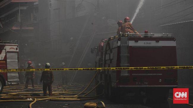 Gudang Peluru Polda Metro Jaya Terbakar