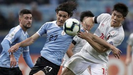 FOTO: Uruguay Nyaris Kalah Lawan Jepang di Copa America