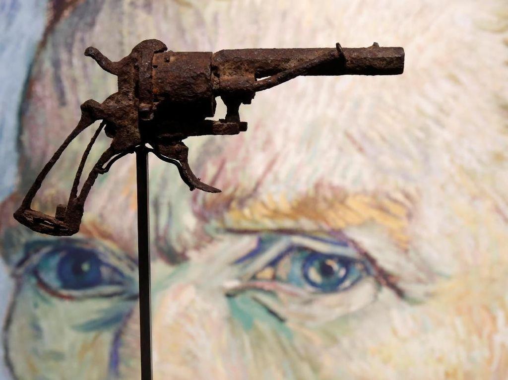 Penampakan Pistol Van Gogh yang Laku Terjual Hingga Rp 2,6 M