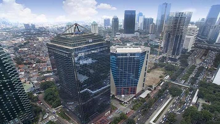 Saham bank terbesar di tanah air ini juga banyak diborong investor asing.