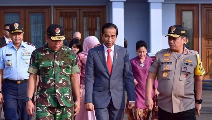 Omelan Jokowi ke Sri Mulyani, PPh Badan Harus Turun!
