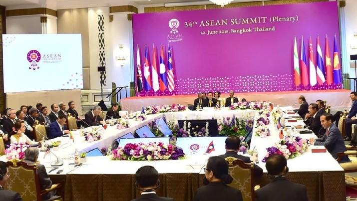 Usulan Indonesia soal outlook Indo-Pasifik mulus diterima dan diadopsi oleh KTT ASEAN di Bangkok.